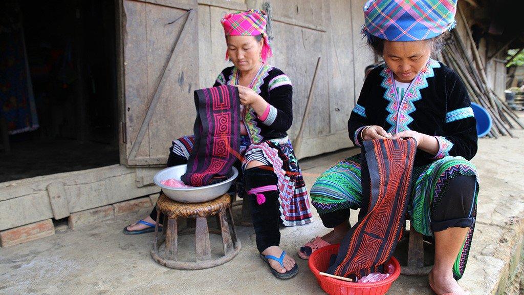 Ethnotek Bags | Hmong Embroidery | Vietnam