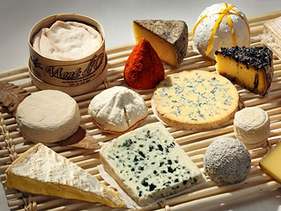 フランスAOPチーズとチーズ料理を楽しみましょう