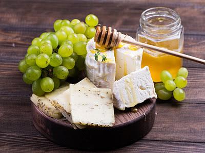 チーズとはちみつのマリアージュ&ワイン