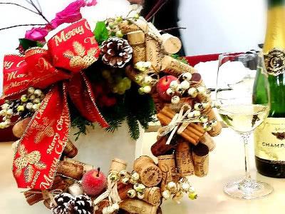 極上ワインコルクでクリスマスリースを作ろう!