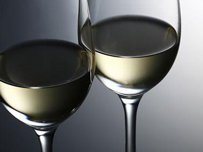 ワイングラスで味わう美味しい日本酒とおつまみのペアリング講座