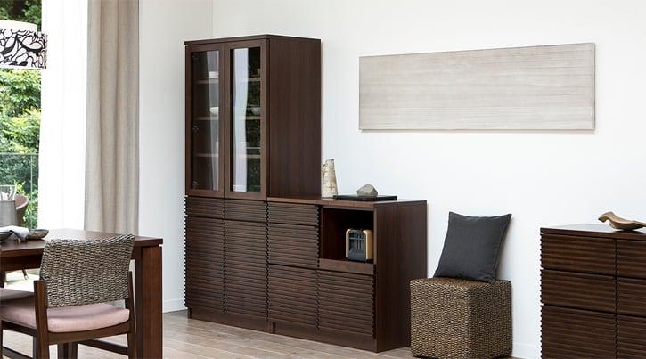 背の高い家具をバランスよく配置するコーディネートのコツ