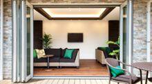 【実例】福祉施設をソファ・屋外用家具で癒しの空間にコーディネート
