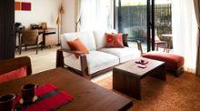 木の温もりを感じる無垢材家具の選び方とインテリアコーディネート