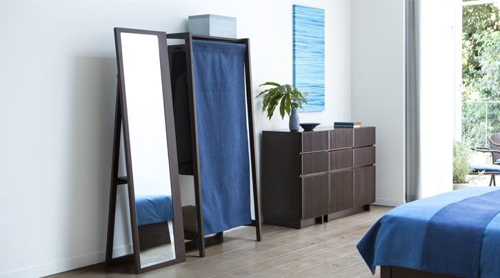生活を便利でおしゃれに彩る家具~身支度に役立つアイテム特集~