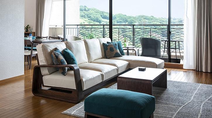 【インテリア実例】熱海の絶景を望める別荘のインテリアコーディネート・家具選び