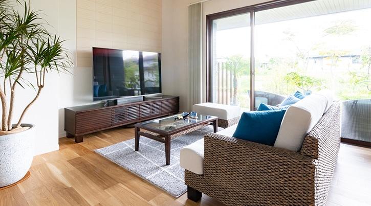 ソファ×テレビボード×テーブルの組み合わせで叶える理想の部屋作り