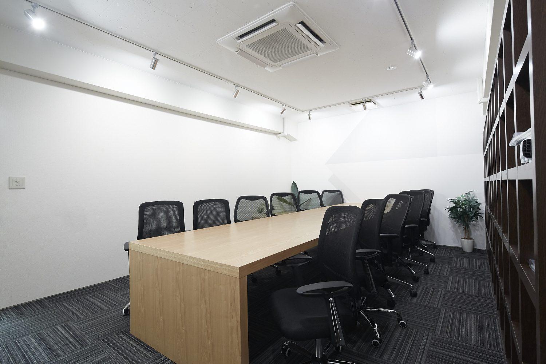 みんなの会議室 渋谷宮益坂2-2 | 10名様前後の会議に最適です