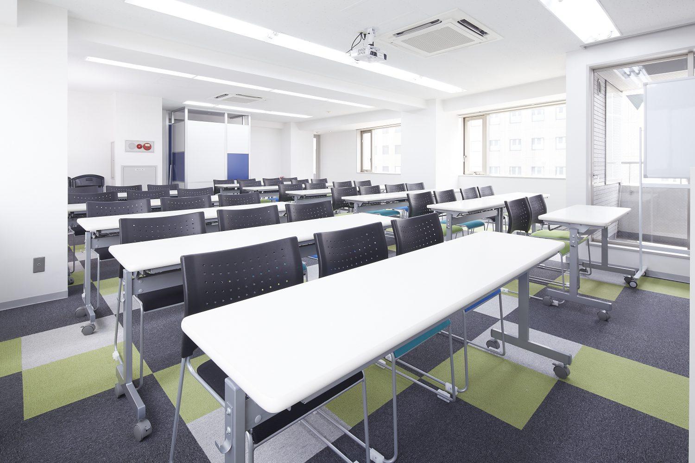 みんなの会議室 代々木6F | スクール形式|TIME SHARING|タイムシェアリング |スペースマネジメント|あどばる|adval