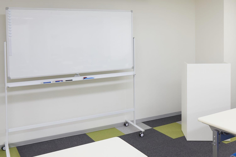 みんなの会議室 代々木6F | ホワイトボード|TIME SHARING|タイムシェアリング |スペースマネジメント|あどばる|adval