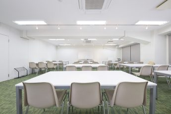 みんなの会議室 渋谷宮益坂3A | 入口から奥