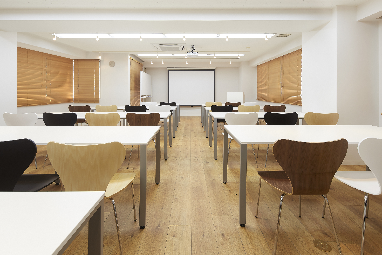 みんなの会議室 代々木7F |