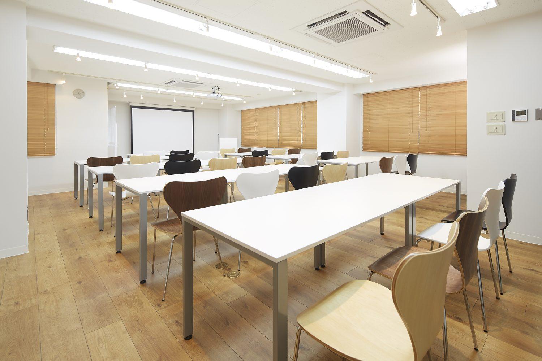 みんなの会議室 代々木7F | スクール形式