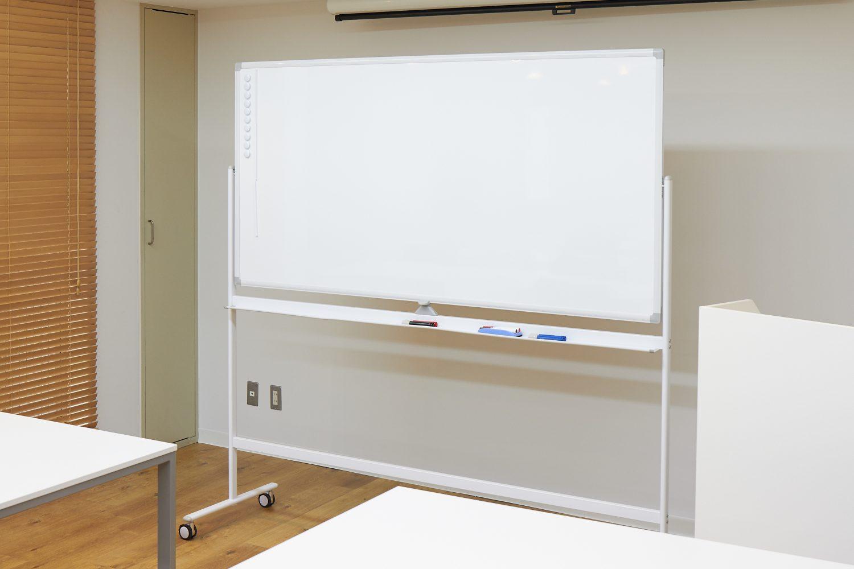 みんなの会議室 代々木7F | ホワイトボード|TIME SHARING|タイムシェアリング |スペースマネジメント|あどばる|adval