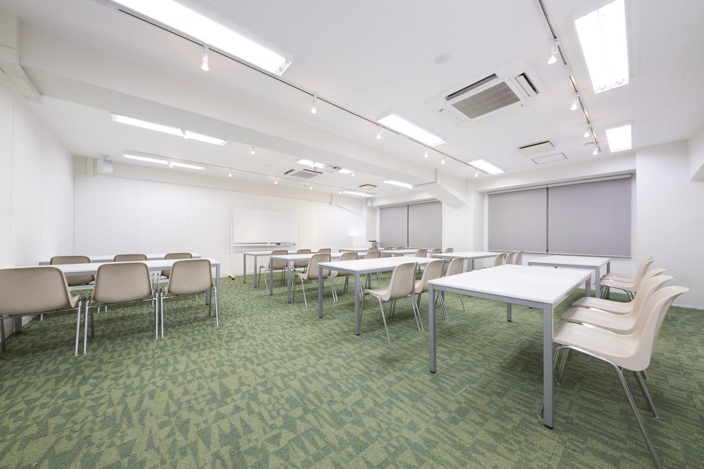 みんなの会議室 渋谷宮益坂3A   スクール形式 TIME SHARING タイムシェアリング  スペースマネジメント あどばる adval