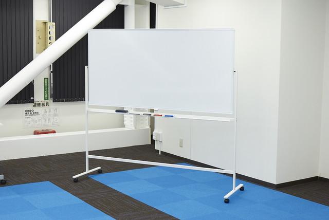 みんなの会議室 東京駅前4F | ホワイトボード