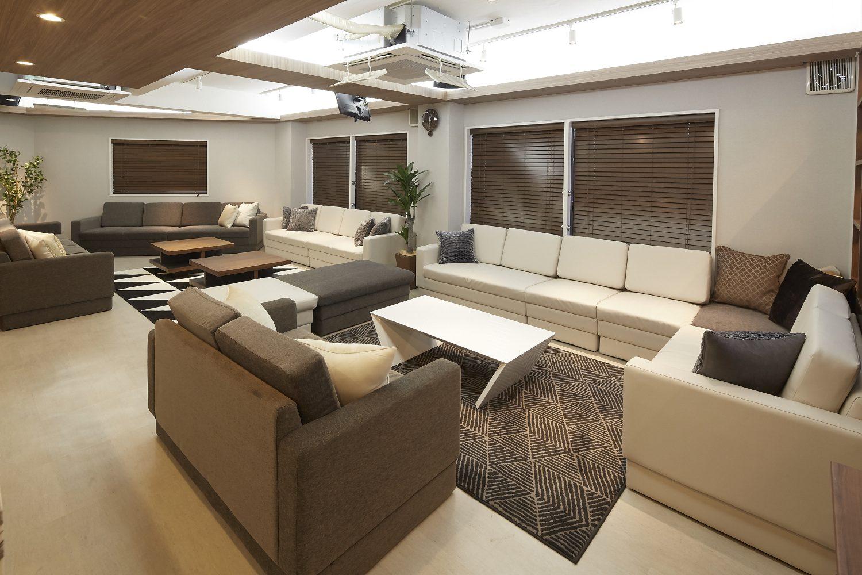 Lounge-R Premium | キッチンから|TIME SHARING|タイムシェアリング |スペースマネジメント|あどばる|adval