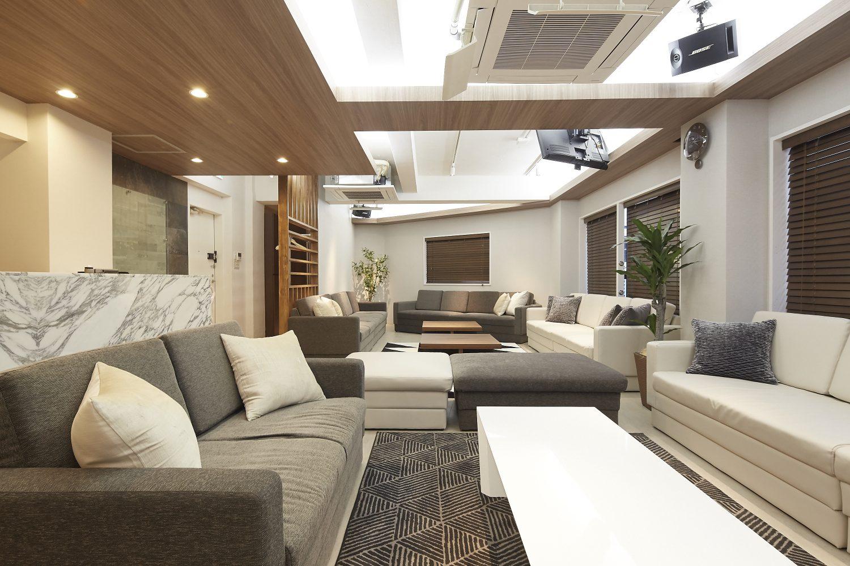 Lounge-R Premium | 広々とした空間