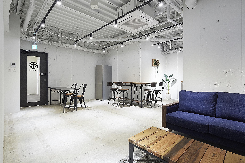 リモートワーカー必見!スペースのサブスク『Bizplace Rent』で見つけるワークプレイス|TIME SHARING|タイムシェアリング |スペースマネジメント|あどばる|adval|SHARING