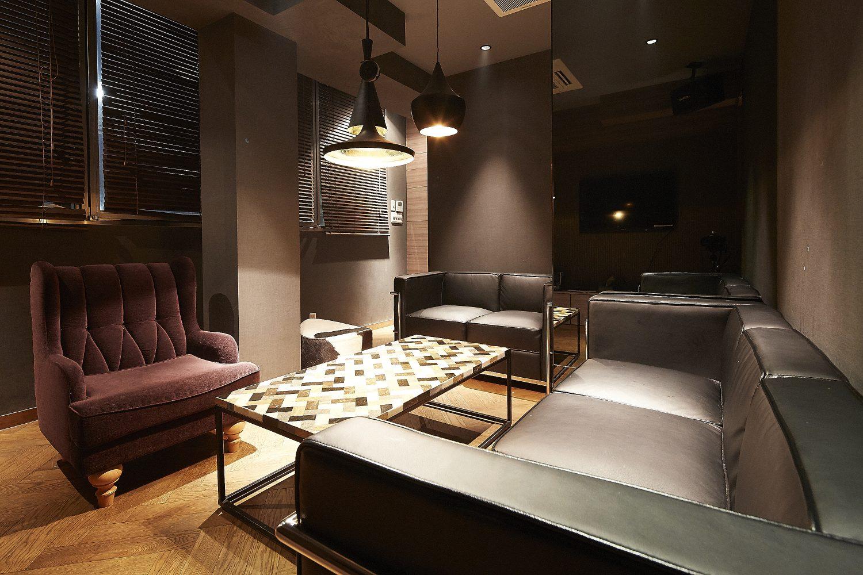 Lounge-R スペースB | 奥から入口