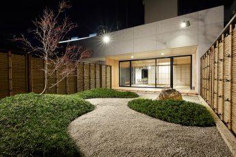 Akasaka Zen Space | 入口から奥