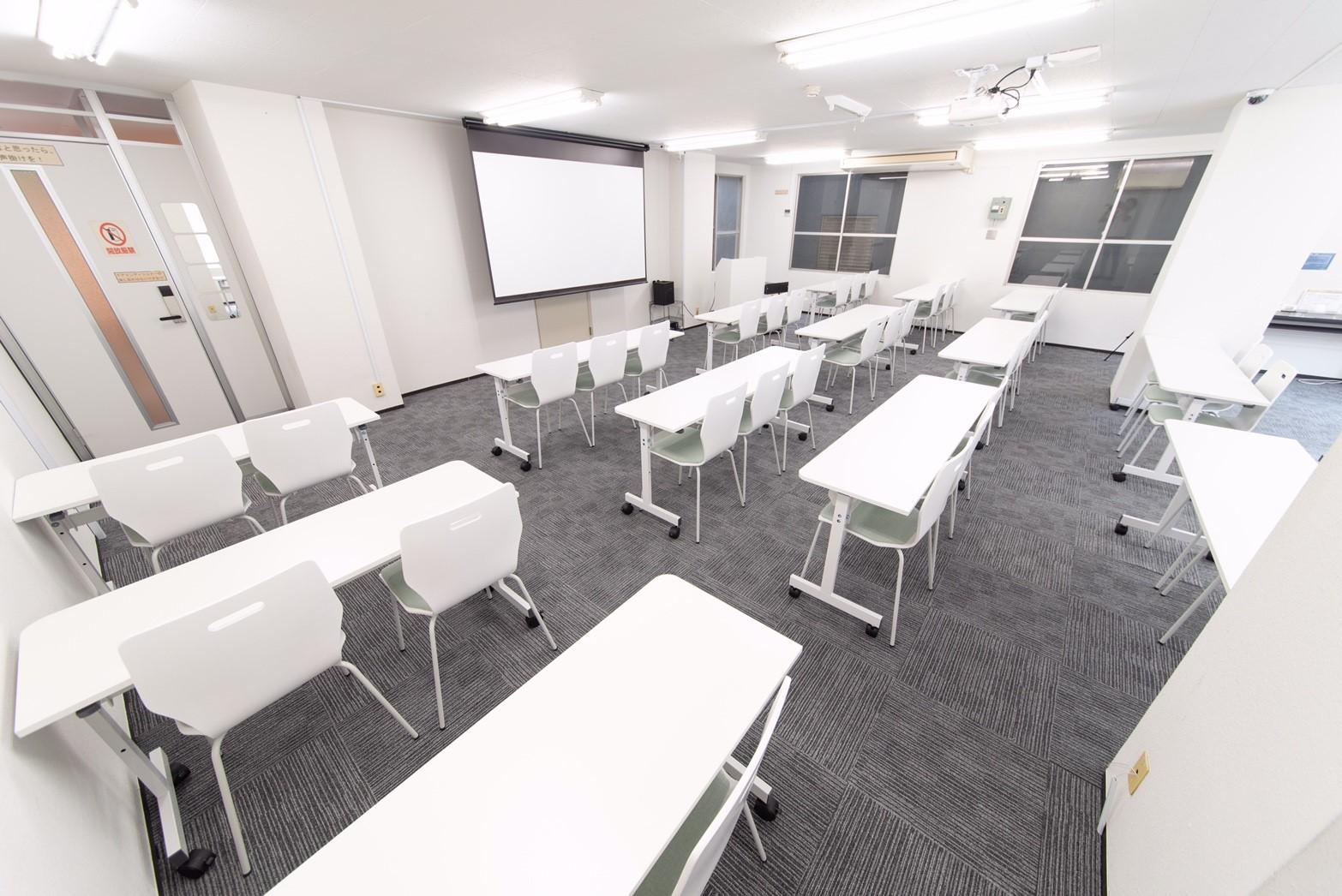 シンプルで使い勝手◎ みんなの会議室 赤坂に取材に行ってきました!|TIME SHARING|タイムシェアリング |スペースマネジメント|あどばる|adval|SHARING
