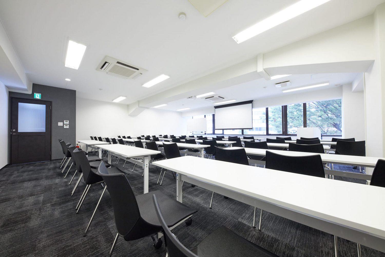 みんなの会議室 渋谷宮益坂3B | スクール形式|akibaco|あきばこ|スペースマネジメント|あどばる|adval