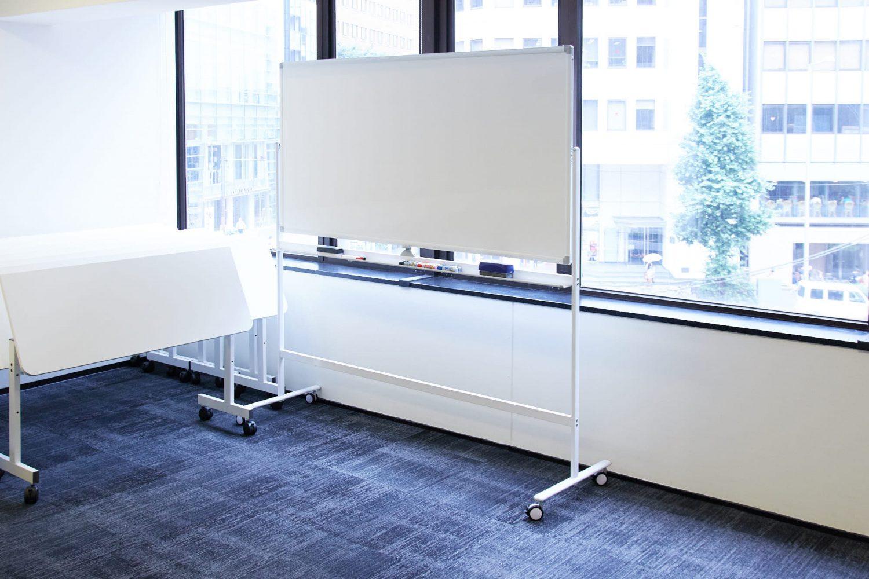 みんなの会議室 渋谷宮益坂3B | ホワイトボード|akibaco|あきばこ|スペースマネジメント|あどばる|adval