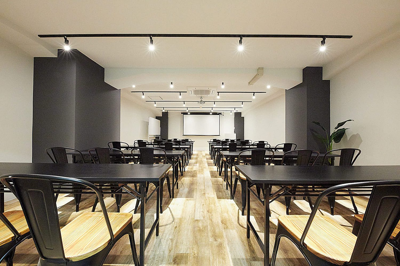 TIME SHARING 渋谷青山通り2F(タイムシェアリング) | スクール形式|TIME SHARING|タイムシェアリング |スペースマネジメント|あどばる|adval