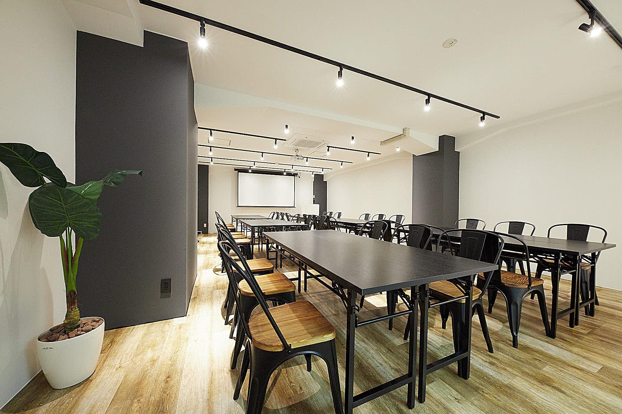 テレワークの課題点。レンタルスペースをサテライトオフィスとして活用するには?|TIME SHARING|タイムシェアリング |スペースマネジメント|あどばる|adval|SHARING