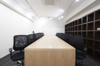 みんなの会議室 渋谷宮益坂2B | 10名様前後の会議に最適です|TIME SHARING|タイムシェアリング|スペースマネジメント|あどばる|adval