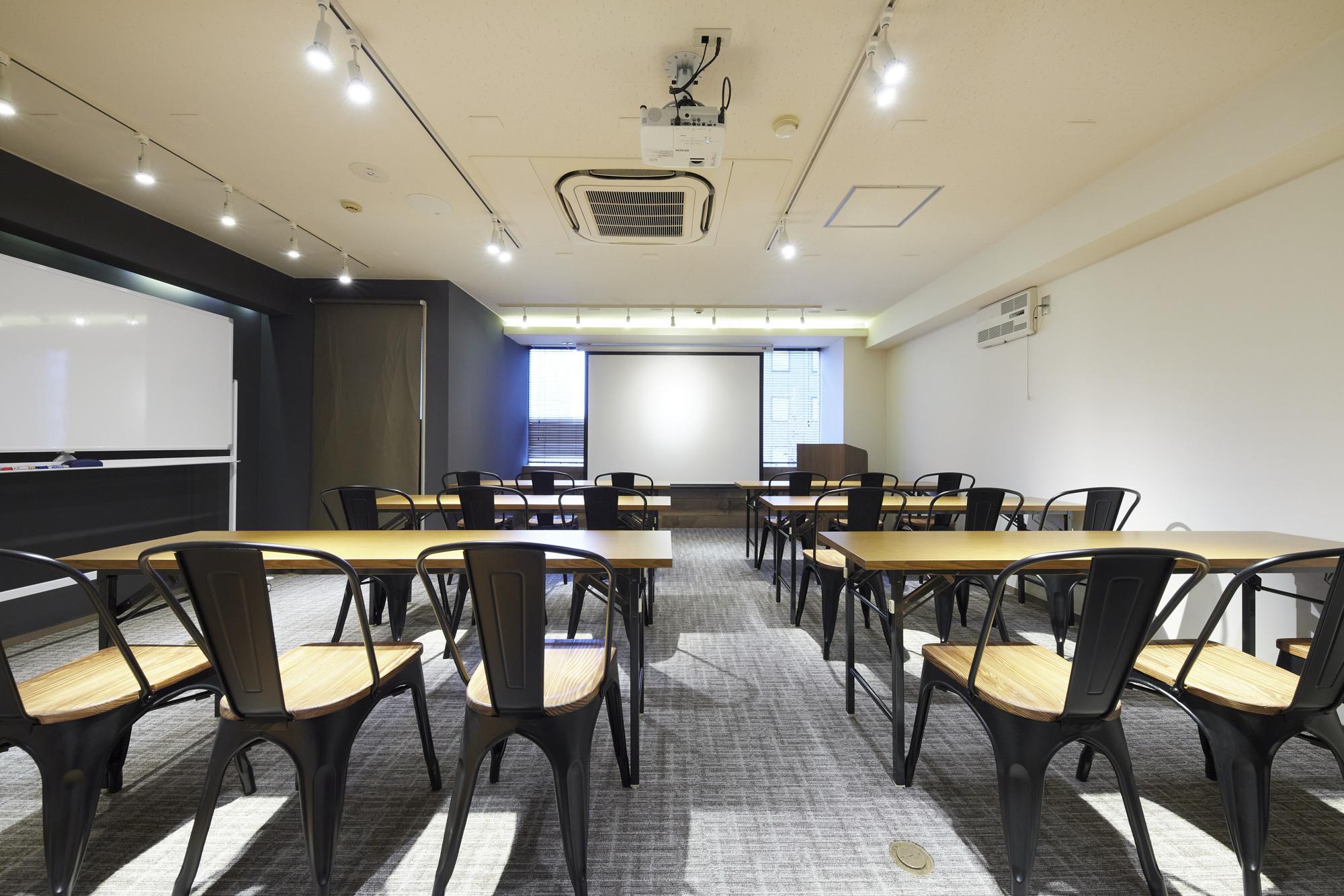 新宿の貸し会議室ならココ!TIME SHARING西新宿|TIME SHARING|タイムシェアリング|スペースマネジメント|あどばる|adval|SHARING