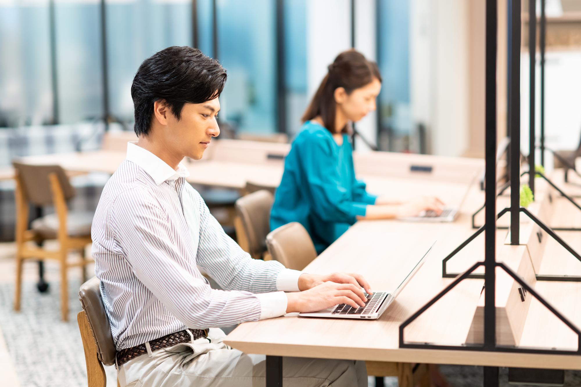 <新宿でテレワークするなら!>サテライトオフィス向けおすすめレンタルスペース~新宿篇~|TIME SHARING|タイムシェアリング |スペースマネジメント|あどばる|adval|SHARING