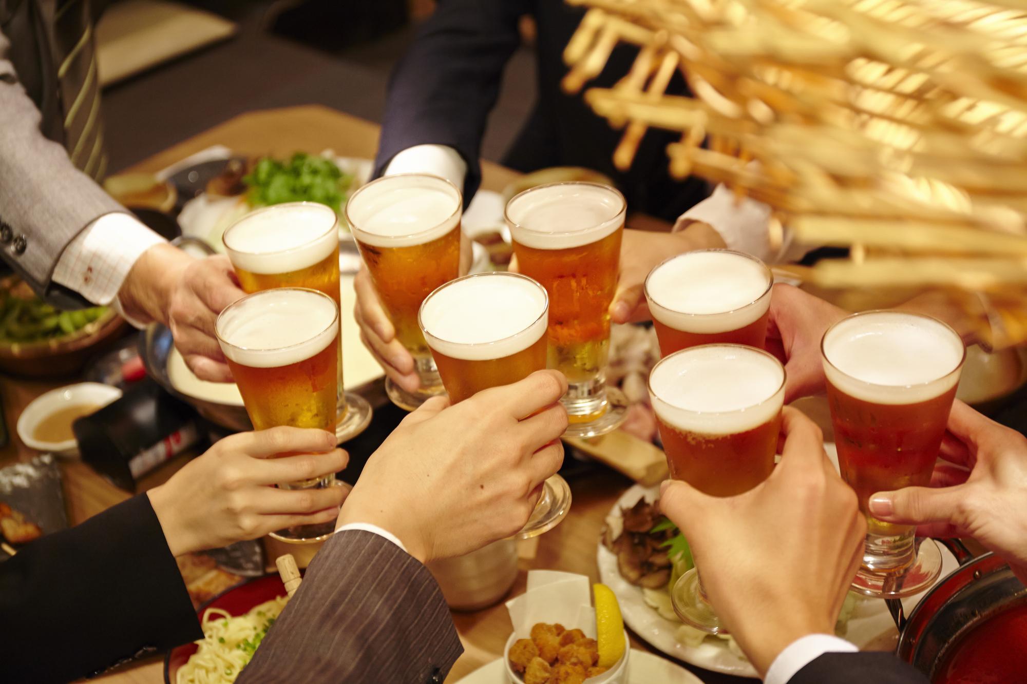 外飲み派?家飲み派?コロナで変わった飲み会への意識|TIME SHARING|タイムシェアリング |スペースマネジメント|あどばる|adval|SHARING