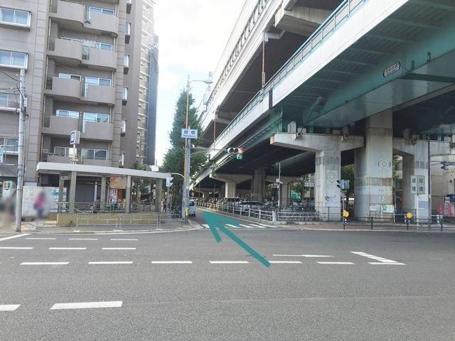 【道順1】今里筋から緑橋の交差点を曲がり森之宮方面へお進み下さい。