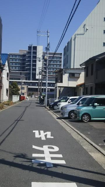 駐車場と堺市立総合医療センター