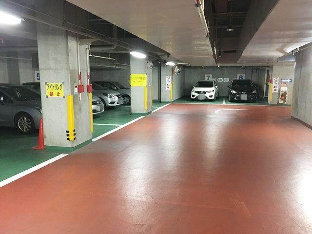 【道順5】地下1階の空き時間貸しスペースに駐車して下さい。