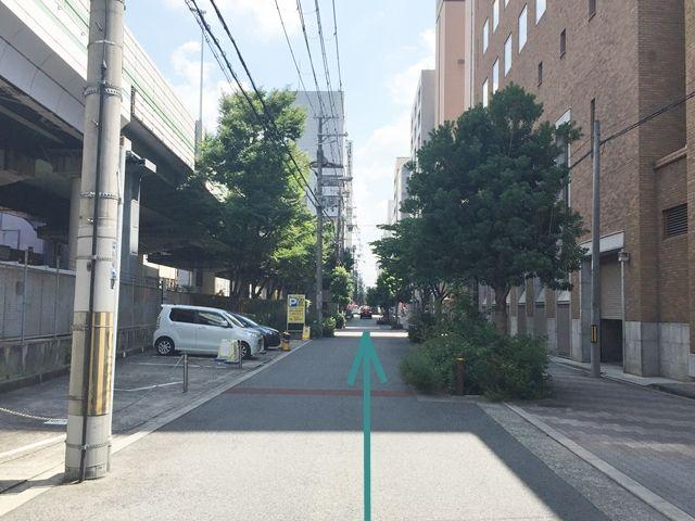 【順路1-1】本町駅から向かって四ツ橋筋から1本入った、阪神高速降下の側道を四ツ橋駅方面へお進み下さい。