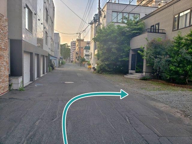 廣川邸_中央区南2条西駐車場の写真