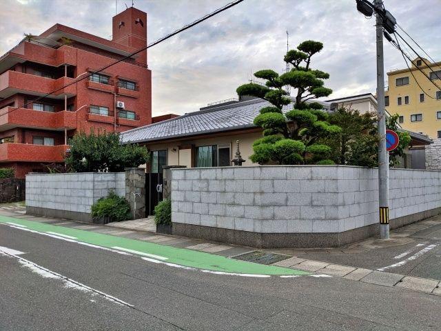 """荒戸3丁目細井宅""""akippa駐車場"""