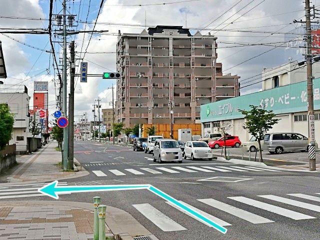 石神橋南信号を左折します