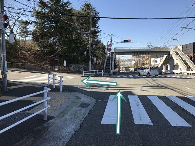 【順路1】「長坂垂水線」を「第二神明道路」方面へ進み、「やきとり屋とりどーる小束山店」のある交差点を左折します