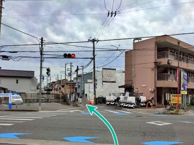駐車場への道順①