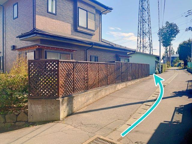 青森県八戸市新井田字外館8-1駐車場の写真