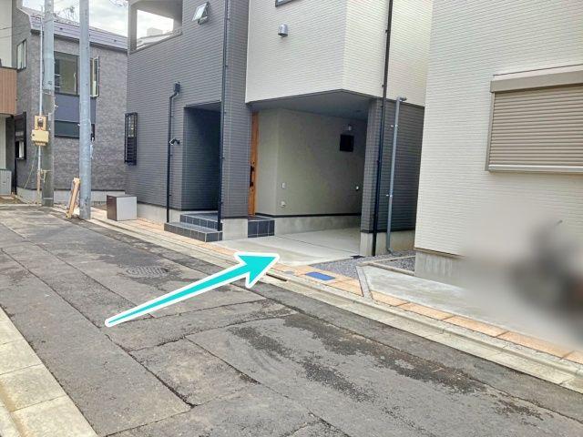 駐車場周辺②