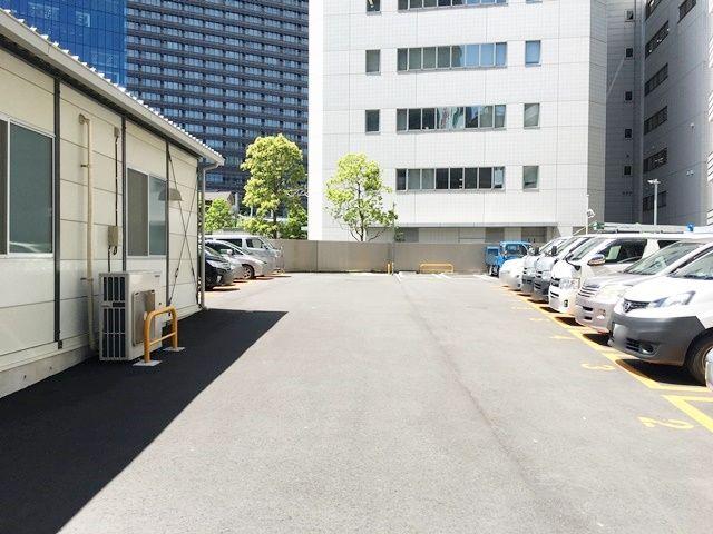 駐車場内の写真です