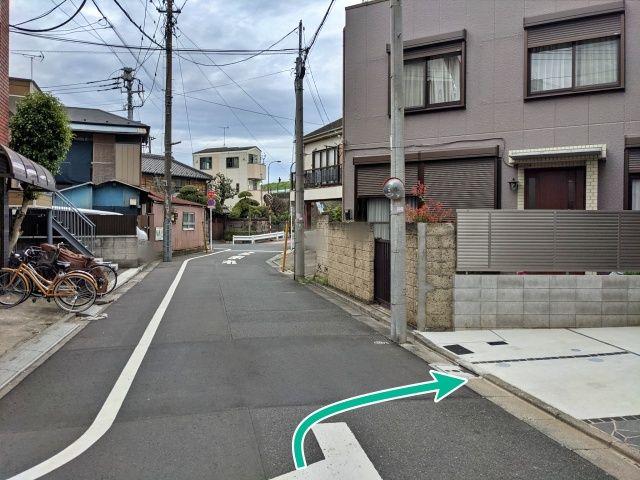 """KOBAYASHI宅""""akippa駐車場"""