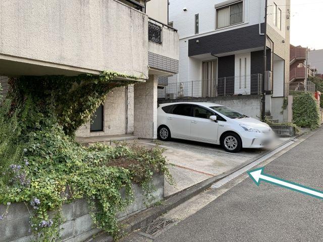 3台分の駐車スペースがあります。