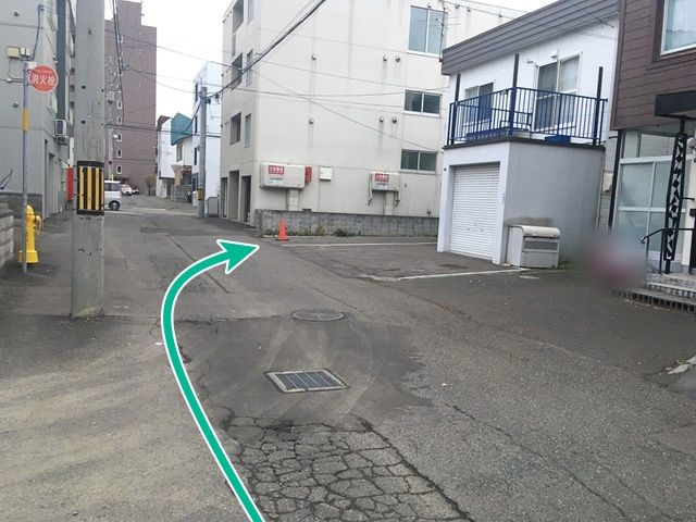 駐車場周辺(反対側)