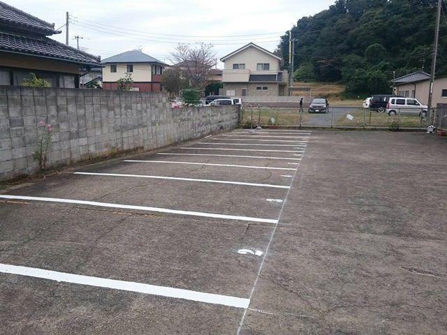 ※駐車スペースは自由ではありません。必ず予約完了後に通知されるスペース番号を確認のうえ、スペースにお間違いのないよう駐車してください。